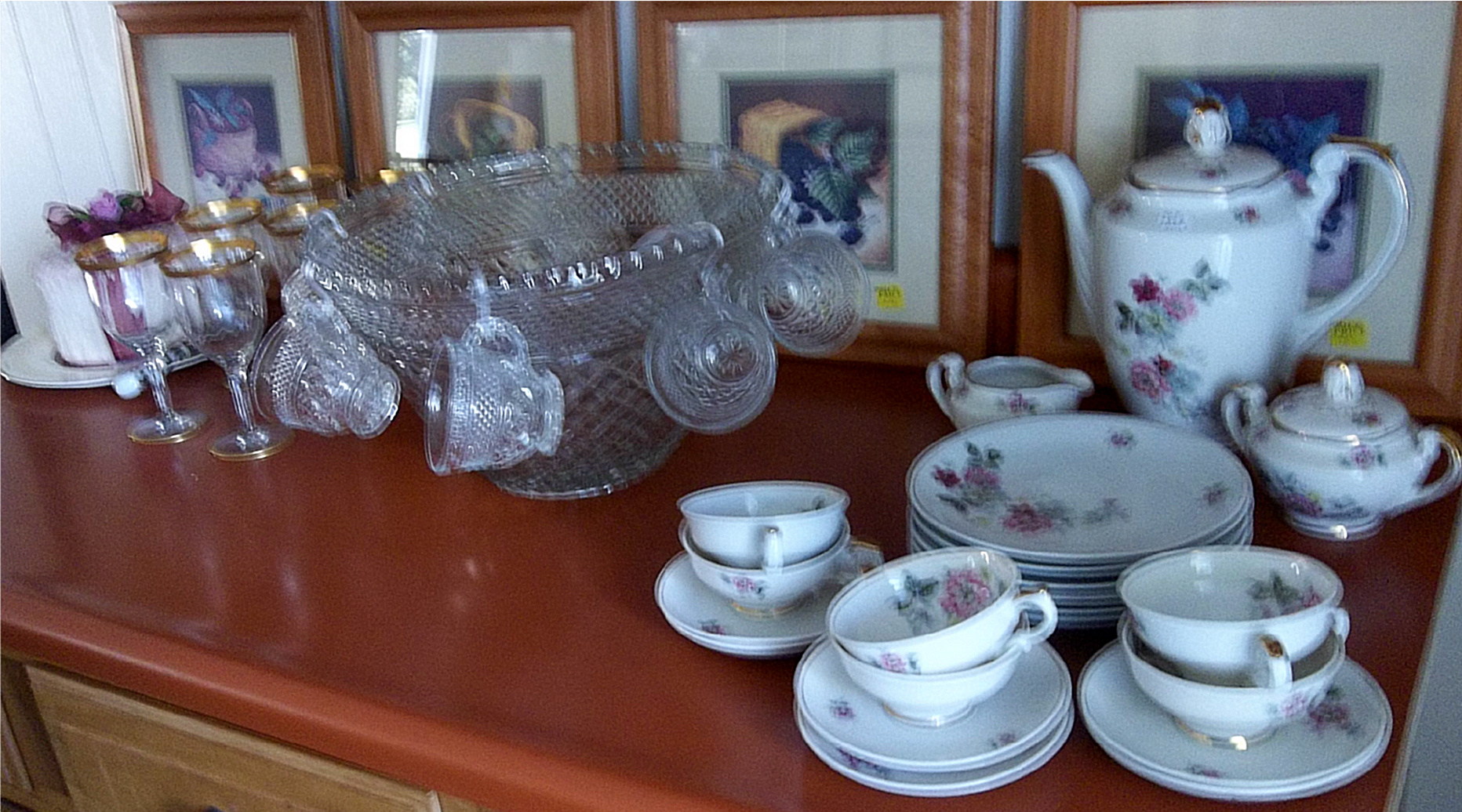 home decor for sale at New To You Shop Annex in Unity Maine